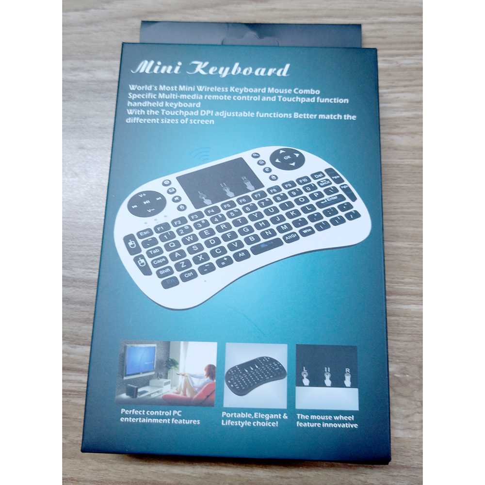 Mini Keyboard Wireless 2.4GHz dengan Touch Pad & Mouse